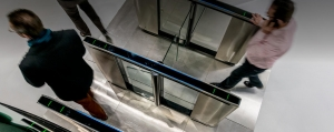 Die Lifeline Produkte Speedlane Swing Sensorschleusen