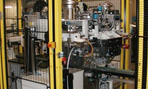 Ösenschweiß- und Henkelmaschinen der Serie BHP für Kunststoffhenkel