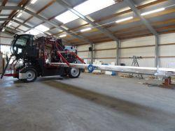 Self-propelled flower harvesting machine