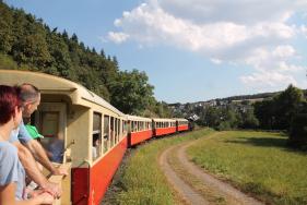 1 Fast tägliches Touristikbahn-Angebot zwischen Rhein und Eifel
