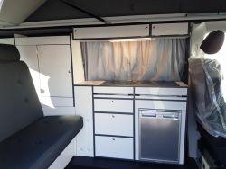 T6 Camper inklusive SCA Schlafdach und Komplettausbau ab 37.990 Euro